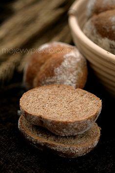 Bułeczki razowe z mąką żytnią | Moje Wypieki Rye Flour, Bread, Cooking, Food, Baking Center, Meal, Kochen, Eten, Breads