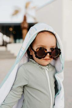 Premium Knit Hooded Towel - Skye