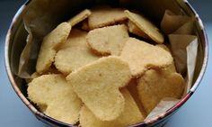 Kokosové sušienky Snack Recipes, Snacks, Chips, Cooking, Desserts, Food, Basket, Snack Mix Recipes, Kitchen