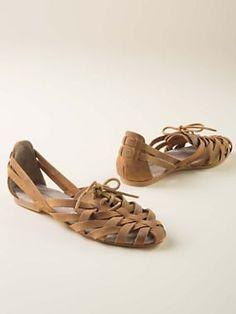 Women's leather Cat® Criss-Cross Sandals | Sahalie