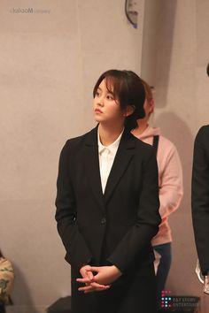 Kim so hyun for drama Child Actresses, Korean Actresses, Korean Actors, Kim Son, Kim So Hyun Fashion, Korean Tv Series, Instyle Magazine, Cosmopolitan Magazine, Girl Artist