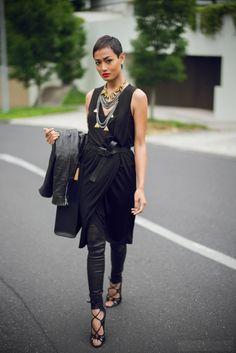 Сочетаем брюки с платьем: оригинальные примеры 2