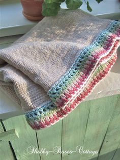 Shabby-Roses-Cottage: Knit & crochet blanket. No pattern but cute idea
