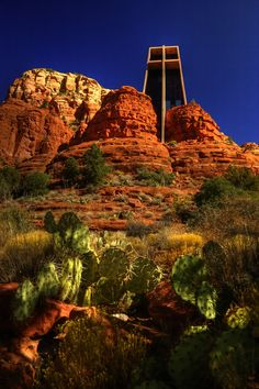 Chapel of the Holy Cross in Sedona, Arizona, USA [by Marguerite Brunswig Staude] NEVADA USA multi city world travel dot com Más Arizona Travel, Sedona Arizona, Arizona Usa, Grand Canyon, Vacation Spots, Vacation Deals, Travel Deals, Travel Hacks, Travel Essentials