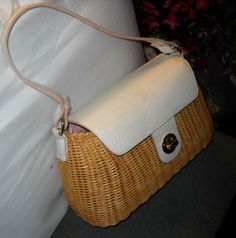 Worthington VINTAGE STYLE LEATHER & RATTAN BAG BARELY USED IN EXCELLENT