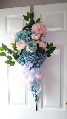 Umbrella wreath                                                                                                                                                                                 More