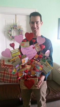 Lottery tickets bouquet I made for valentines day Cute Christmas Presents, Christmas Gifts For Boyfriend, Diy Gifts For Boyfriend, Diy Christmas Gifts, Boyfriend Ideas, Valentines Day Baskets, Valentines Day Gifts For Him, Love Valentines, Valentine Ideas