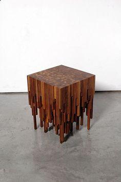 Hyme Table by Zachary Fluker. tipoestalactitas madera capas mesa cubo