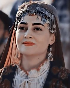 Turkish Women Beautiful, Turkish Beauty, Muslim Images, Pakistani Bridal Makeup, Pakistani Girl, Esra Bilgic, Muslim Beauty, Beautiful Series, Turkish Fashion