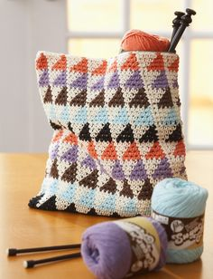 Totally Triangles Multi-Use Bags, free pattern at Yarnspirations. thanks so xox☆ ★ https://www.pinterest.com/peacefuldoves/