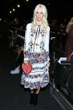 We LOVE these celebs at London Fashion Week. See who pulled off chic on the streets: Poppy Delevingne