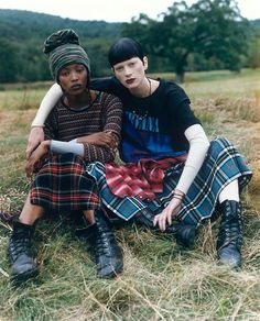 """Grunge"", Vogue US, December 1992 Photographed by Steven Meisel; Models Naomi Campbell & Kristen McMenamy OF COURSE"
