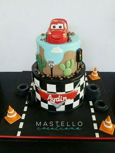 Lightning McQueen cake Cars birthday cake made by Mastello Creations
