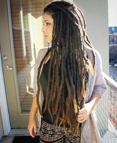 can't wait 'till my dreads are this long…. # rasta Braids cant wait can't wait 'till my dreads are this long…. Dreads Styles, Dreadlock Styles, Dreadlock Hairstyles, Cool Hairstyles, Rasta Girl, Dreadlock Rasta, Short Dreads, Beautiful Dreadlocks, Dreads Girl