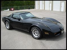 G64 1980 Chevrolet Corvette  350 CI, Automatic <----this exact model and color is why I've always been into Corvettes
