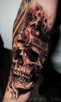 80 Schädel und Schädeltattoos [Masculinas e Femininas] Tattoos Masculinas, Skull Rose Tattoos, Skull Sleeve Tattoos, Best Sleeve Tattoos, Head Tattoos, Forearm Tattoos, Life Tattoos, Body Art Tattoos, Tattoos For Guys