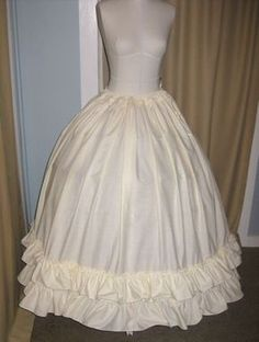 Tutorial: How to make a drawstring petticoat to go over a crinoline | The Dreamstress