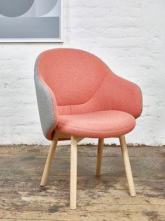 ALBA Easy chair with armrests by @designbyton design Alexander Gufler