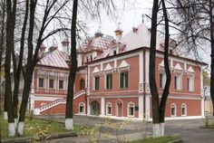 Moscow, Mansions, Palaces, House Styles, Retro, Home Decor, Decoration Home, Manor Houses, Palace
