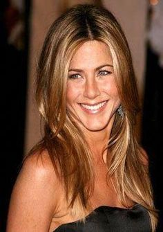 25 Ideas for hair color blonde highlights caramel jennifer aniston Coffee Brown Hair, Honey Brown Hair, Coffee Hair, Brown Ombre Hair, Brown Blonde Hair, Dark Blonde, Golden Blonde, Brunette Hair, Blonde Hair With Highlights