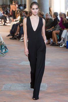 Alberta Ferretti Spring 2018 Ready-to-Wear Fashion Show - Grace Elizabeth