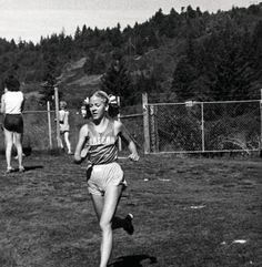 Black and white photo of University of Oregon cross country runner Cheri Williams running in a race held near Lane Community College in 1978. ©University of Oregon Libraries - Special Collections and University Archives