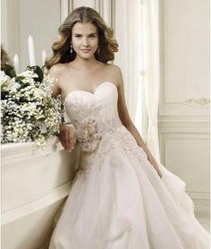 Jiskra a záře Nadměrné velikosti Přírodní Svatební šaty 2014