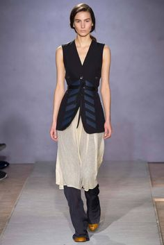 Maison Martin Margiela Fall 2014 Ready-to-Wear - Collection - Gallery - Look 1 - Style.com
