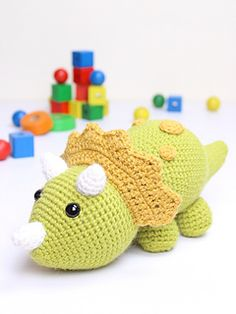Can you notice the ground is shaking? He is Tuki, the Triceratops Dinosaur that is playing his favourite game, turning everything upside down! Can anybody stop him?