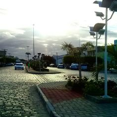 A tarde desliza sobre as pedras antigas do centro quieto de nossa Tuparetama - #meupedacinhodechão  #meusertão  #semfiltro  #sunshine #nordeste #sertão  #pajeú