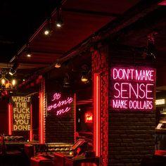 Titty Twister, the underground hang out bar in Paris. A Tarantino style. Pub Interior, Bar Interior Design, Cafe Design, Lounge Design, Bar Lounge, Hookah Lounge Decor, Sport Bar Design, Bar Restaurant, Restaurant Design