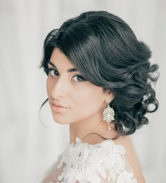 30 Creative and Unique Wedding Hairstyle Ideas. To see more: http://www.modwedding.com/2014/04/02/30-creative-unique-wedding-hairstyle-ideas/ #wedding #weddings #hair #hairstyle #fashion Featured Stylist: Elstile