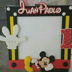 Imagen relacionada Mickey Mouse Banner, Mickey Mouse Headband, Fiesta Mickey Mouse, Theme Mickey, Mickey Party, Mickey 1st Birthdays, Mickey Mouse Birthday, Minnie Mouse Party, Disney Party Decorations