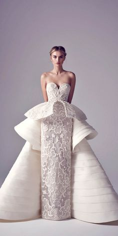 Extravagant Wedding Dresses from Haute Couture Spring 2016 - - Extravagant Wedding Dresses from Haute Couture Spring 2016 - Extravagant Wedding Dresses, Best Wedding Dresses, Bridal Dresses, Wedding Styles, Wedding Gowns, Trendy Wedding, Peplum Wedding Dress, Modest Wedding, Gift Wedding