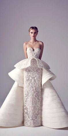 24 Totally Unique Fashion Forward Wedding Dresses ❤ See more: http://www.weddingforward.com/fashion-forward-wedding-dresses/ #weddings #dress