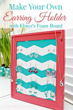 DIY Homemade Earring Holder Stand Using Foam Board and an Old Picture Frame Can also use to display earrings for sale Diy Earring Storage, Jewellery Storage, Jewellery Display, Diy Jewelry, Jewelry Stand, Jewelry Making, Vintage Jewelry, Jewelry Hooks, Jewelry Boards