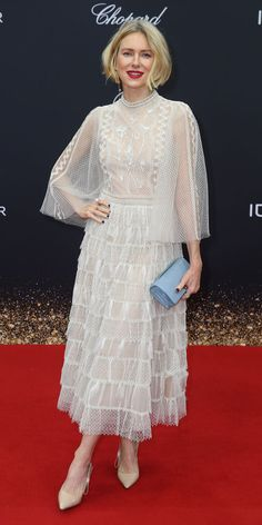 Look of the Day - During the Mercedes-Benz AG at Bambi 2019 event, Naomi Watts posed for the cameras in a sheer Dior gown, beige heels, and a powder blue clutch. Naomi Watts Hair, Lace Skirt, Lace Dress, Dior Gown, Beige Heels, Fashion Dictionary, Red Carpet Looks, Sheer Blouse, Celebrity Style