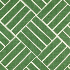 this makes me think it would be so cool to create patterns in your lawn with stones- like a geo pattern for a patio?