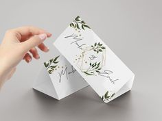 Komm und gestalte deinen Tischaufsteller bei OnlineprintXXL Playing Cards, Container, Printing, Templates, Table, Simple, Playing Card Games, Game Cards, Playing Card