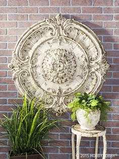 Looking for a way to add visual interest to your walls for spring? Choose a grouping of metal wall décor for added color, texture and dimension!