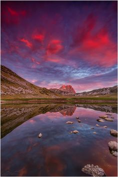 ~~Gran Sasso ~ burning clouds reflections, sunrise, Campo Imperatore, Abruzzo region, Italy by Christian Bothner~~