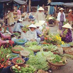Experience the markets of Danang Vietnam.