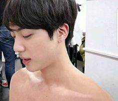 Jin World Wide Handsome Seokjin, Kim Namjoon, Kim Taehyung, Foto Bts, Bts Photo, Bts Jin, Bts Bangtan Boy, Jimin Jungkook, Yoongi Bts