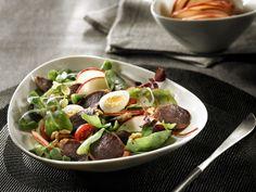 Salade de gésiers de canard confits et pomme fraîche