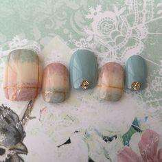 再販★モヘアチェックネイル☆スモーキーカラー Pedicure Nail Art, Toe Nail Art, Spring Nail Art, Spring Nails, Beach Holiday Nails, Asian Nails, Korean Nail Art, Space Nails, Plaid Nails