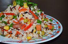 salata de orez cu legume Romanian Food, Romanian Recipes, Cobb Salad, Grains, Cooking Recipes, Rice, Women Life, Blog, Diet