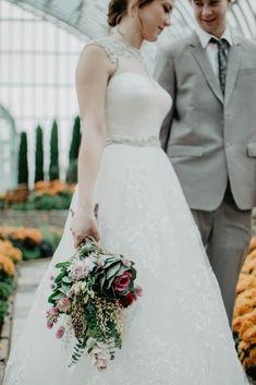 Choosing Your Perfect Wedding Dress... ...Tips for Choosing Your Perfect Wedding Dress Based on Your Body Type... NiagaraWeddingHelper.com