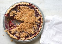 Blueberry Crumble Pie    http://www.bonappetit.com/recipes/2011/07/blueberry-crumble-pie