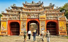 $1499 – Vietnam 10-Night Escorted Vacation w/Air, $1800 Off | Published 11/25/15