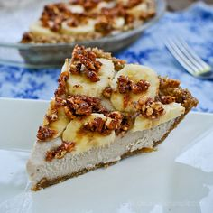 Frozen Banana Bourbon Pie - For the crust:  1 cup raw pecans  1 cup raw cashews  1 cup dates (about 10-12 medjool dates, pitted)  1 tsp vanilla  1 tsp salt  For the filling:  1 (15 oz) can regular coconut milk  2 bananas  2 tsp vanilla extract  2 Tbsp maple syrup  2 Tbsp bourbon (optional – if you remove it, use less maple syrup to taste)  1 Tbsp lemon juice  1/2 tsp salt  For the topping:  1/2 cup pecans, roughly chopped  2 Tbsp maple syrup  About 3 bananas, slices diagonally into thin slices